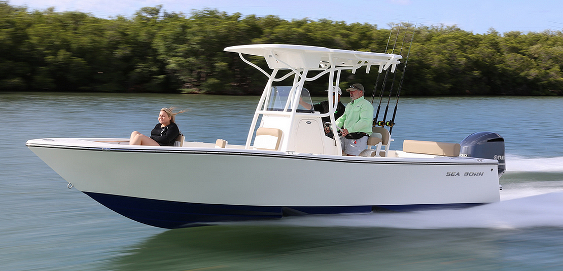 Sea Born LX24 Center Console White & Blue